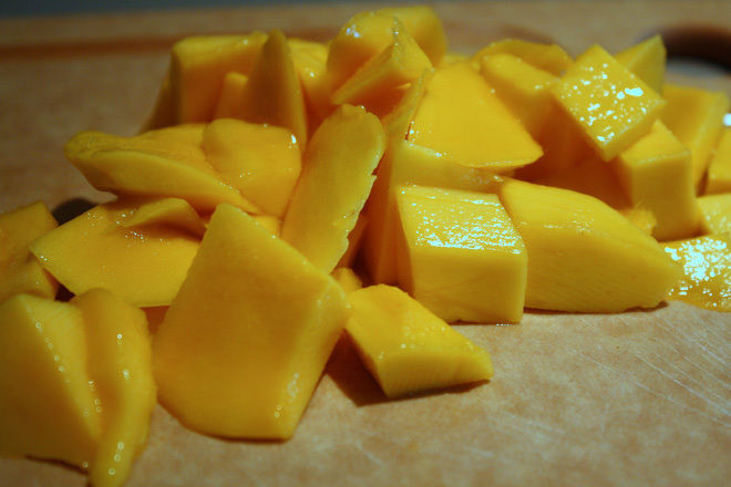 Mango-Milkshake-Recipe-Indian