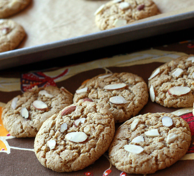 Almond-Cookies-With-Peanut-Butter