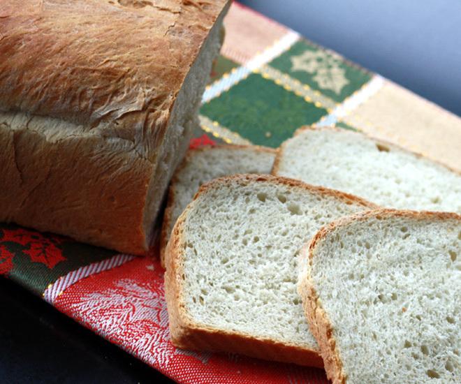 Classic-White-Bread-Recipe-notitle-cwm
