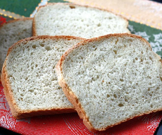 Classic-White-Bread-cwm
