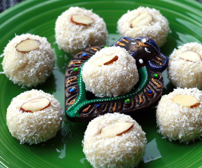 Coconut-Ladoo-notitle-cwm