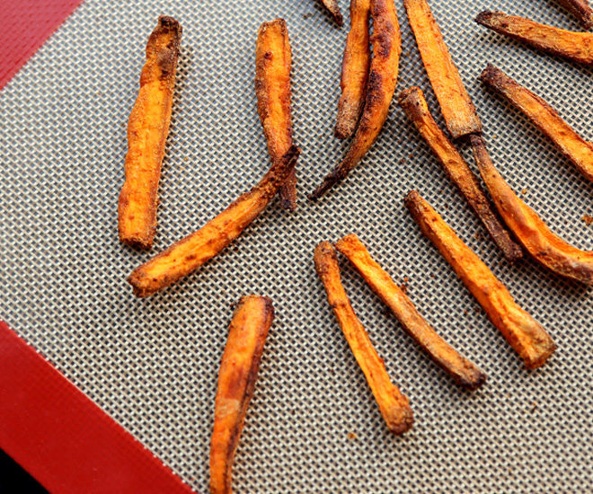 Baked-Sweet-Potato-Fries-1-notitle-cwm