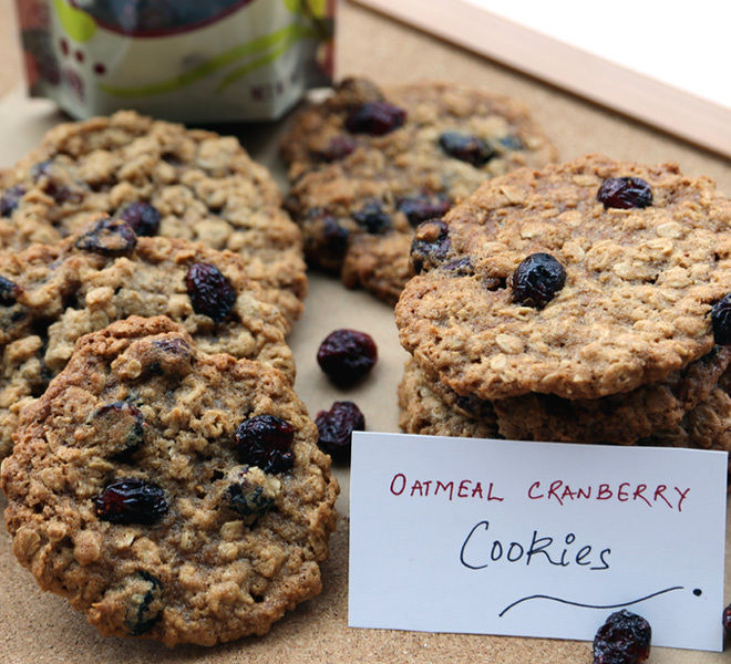 Oatmeal-Cranberry-Cookies-1-notitle-cwm