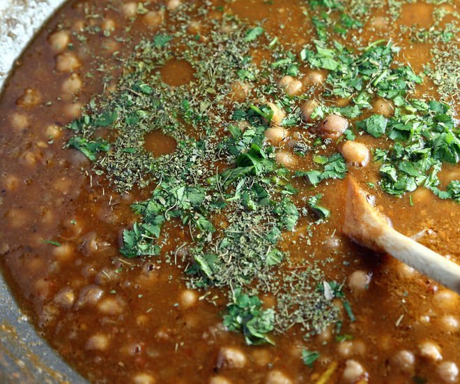 Punjabi-Chole-Recipe-notitle-cwm