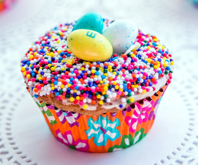 Easter-Nest-Carrot-cupcakes-5-notitle-cwm