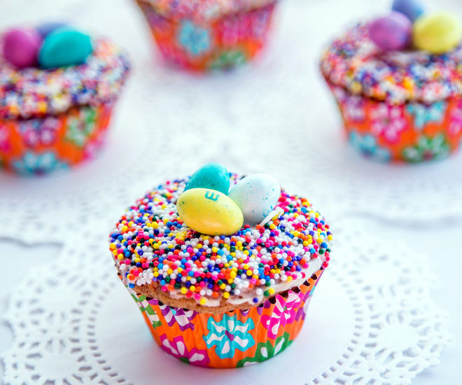 Easter-Nest-Carrot-cupcakes-6-notitle-cwm