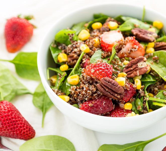 Quinoa-Spinach-Salad-notitle-cwm