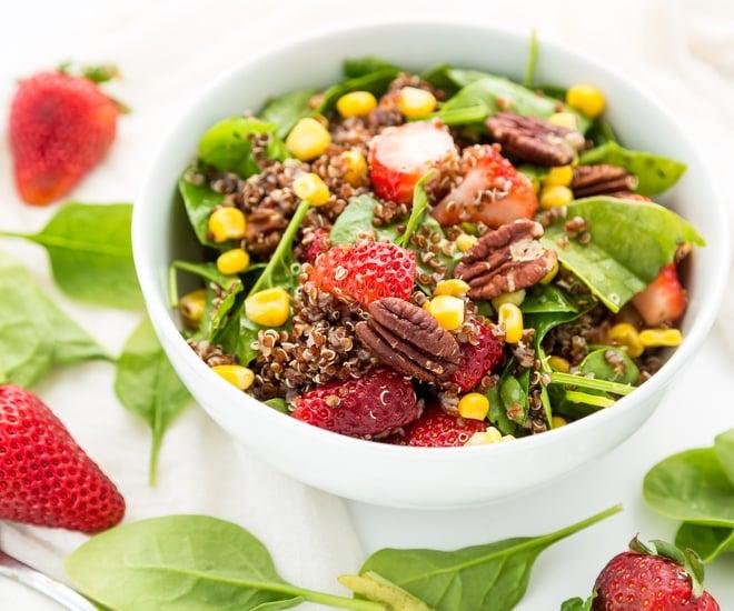Quinoa-Strawberry-Salad-notitle-cwm