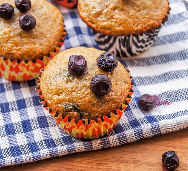 Bluberry-Muffins-Recipe-notitle-cwm