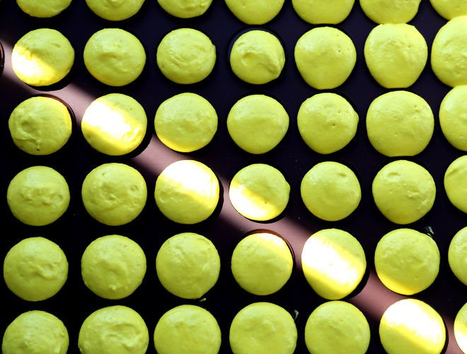 Lemon-Macarons-Recipe-Step-3-1-notitle-cwm