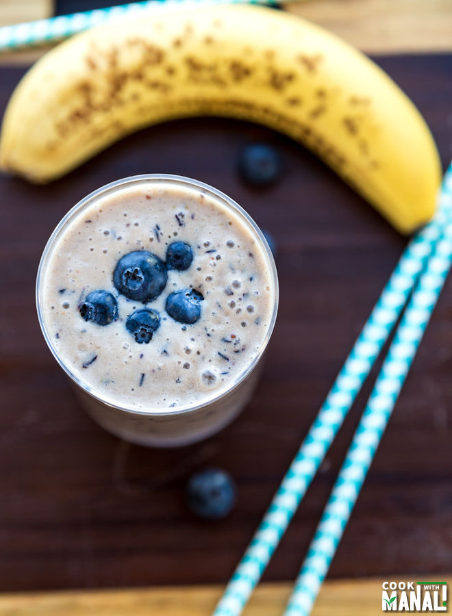 how to make a blueberry banana smoothie with milk