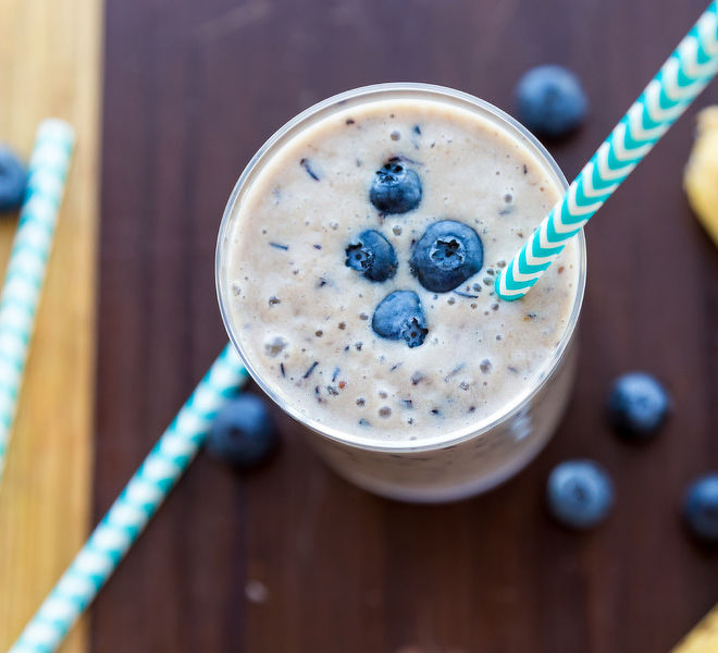 Banana-Blueberry-Smoothie-Recipe-notitle-cwm