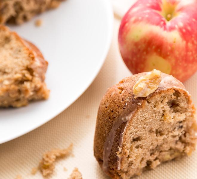 Glaze Apple Bundt Cake Recipe