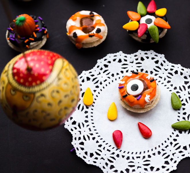 Donut Macarons Halloween