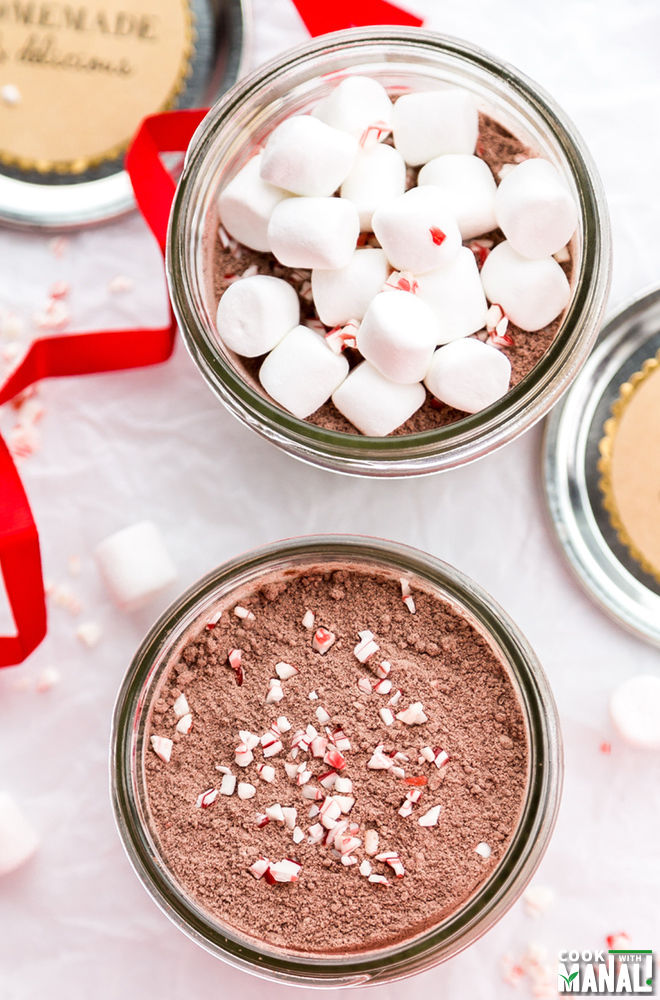 Homemade Peppermint Hot Chococlate Mix