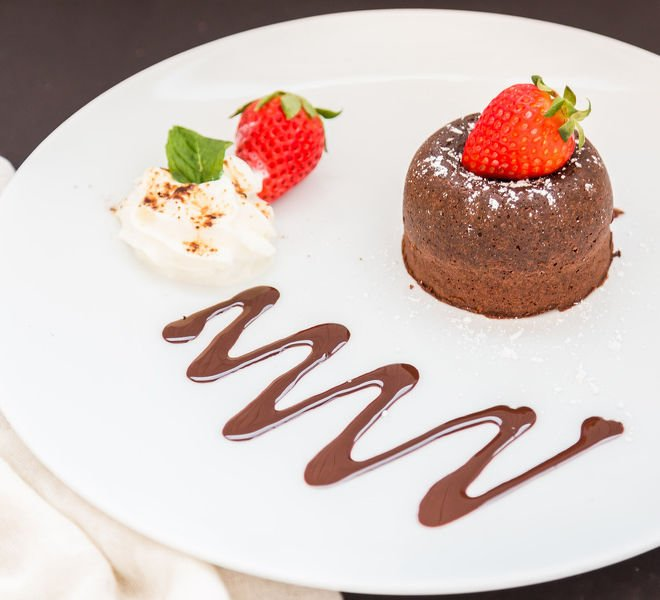 Molten Chooclate Lava Cake For 2