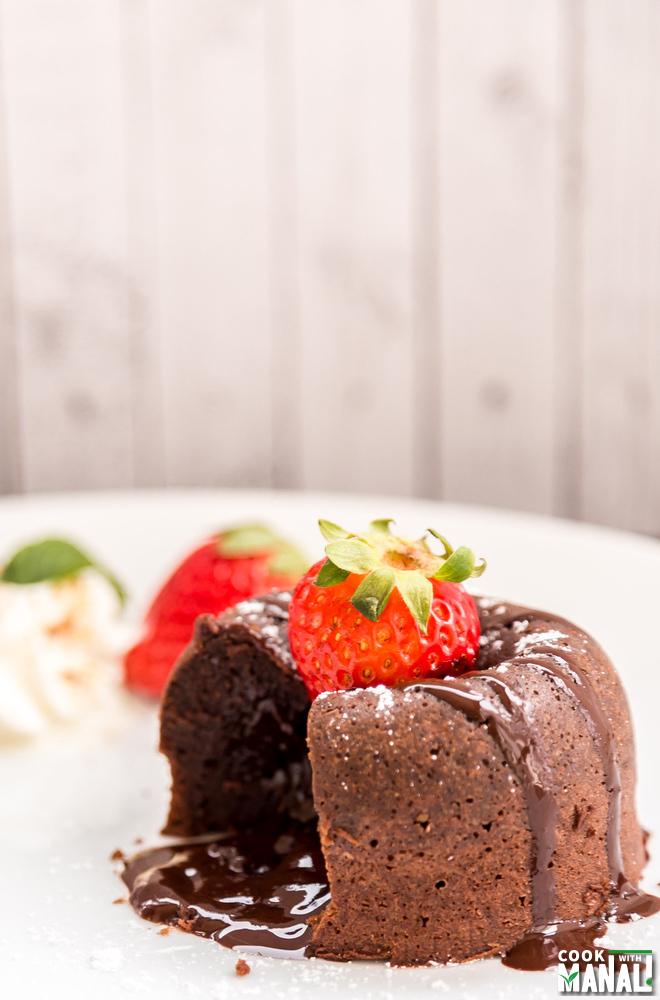 Molten Chocolate Cake With Coffee Ice Cream