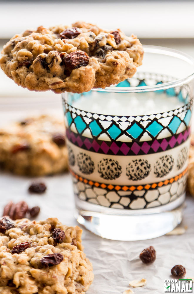 Oatmeal Raisin Nut Cookies