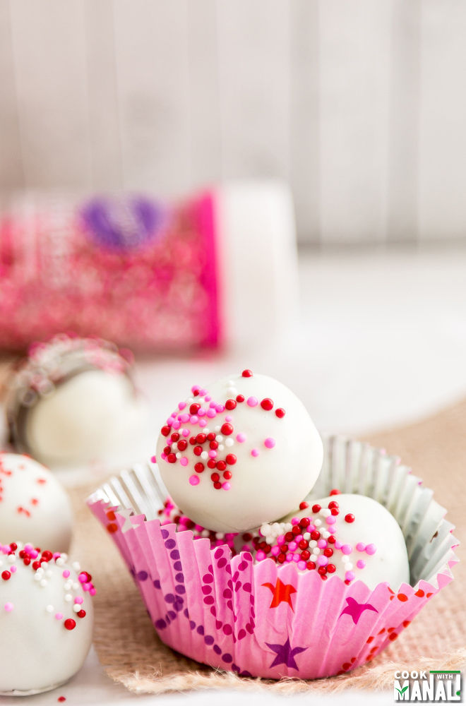 Oreo Truffles With Raspberry Surprise