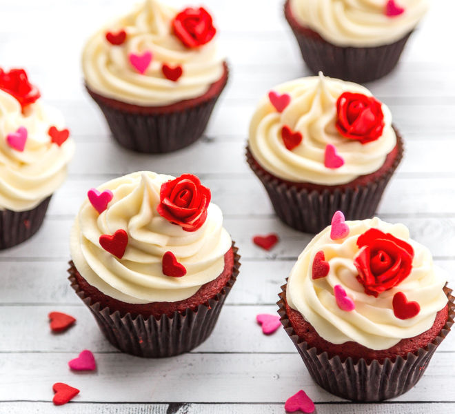 Red Velvet Cupcakes With Cream Cheese