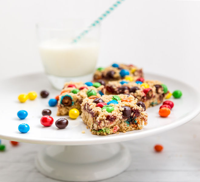 M&M Oatmeal Raspberry Bars