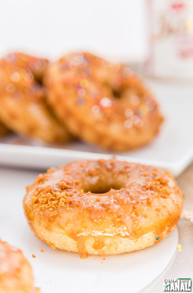 Baked Vanilla Donuts with Biscoff Glaze