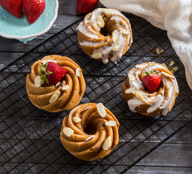 Eggless Mini Bundt Cakes