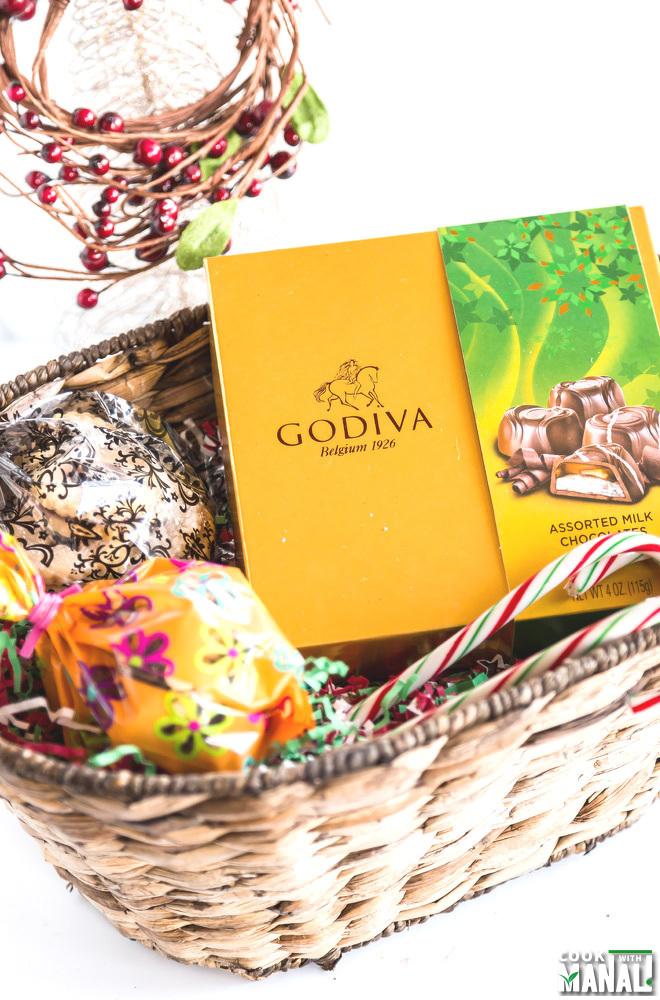 Edible Holiday Gift Basket