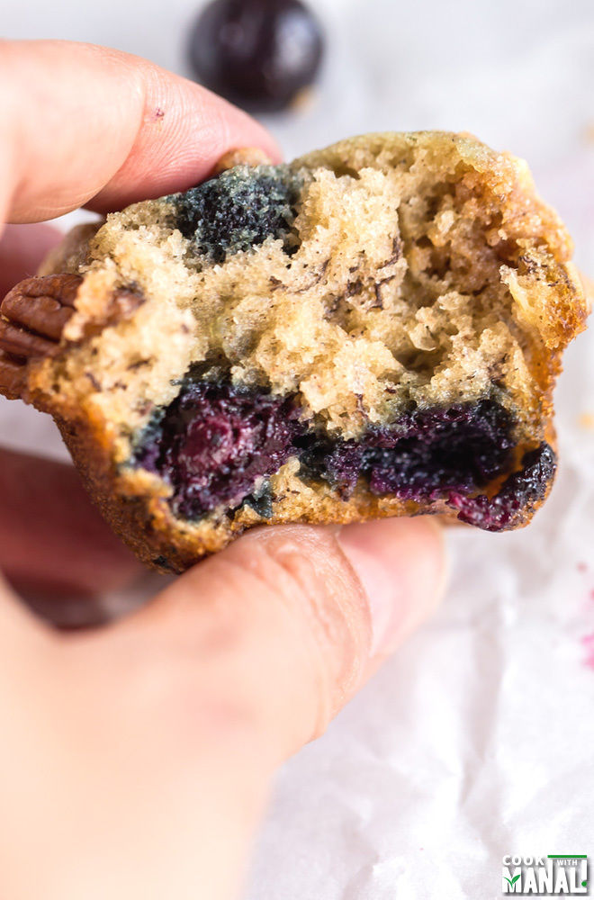 Banana Blueberry Streusel Muffins