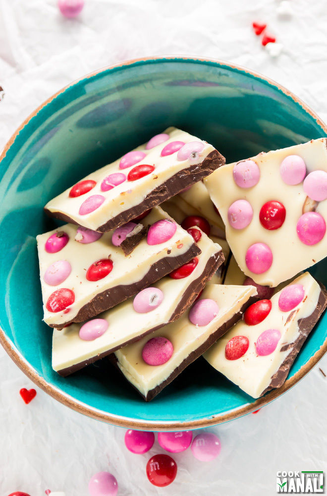 Easy Valentines Day Chocolate Bark
