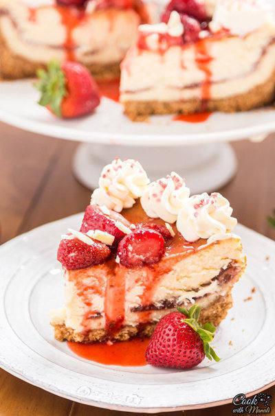 White-Chocolate-Strawberry-Cheesecake