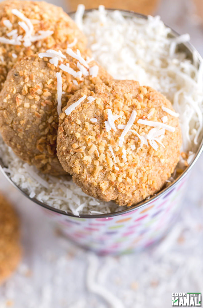 Recipe for eggless coconut cookies
