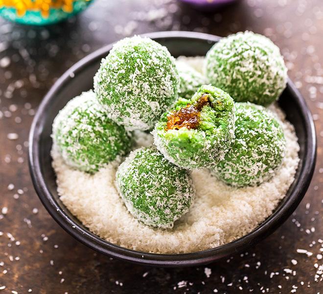 paan-coconut-ladoo-2