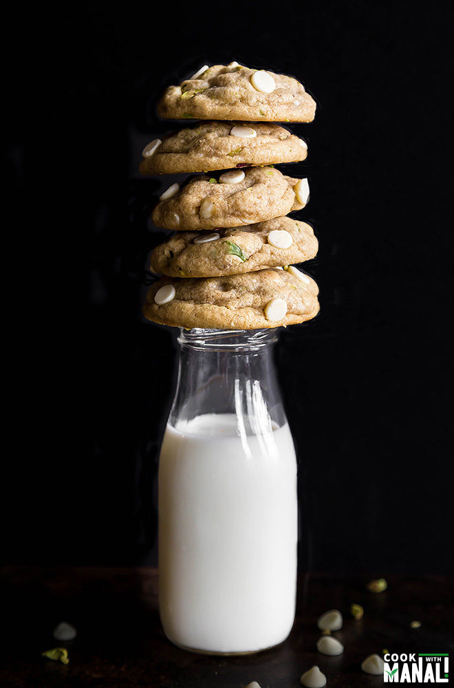 white-chocolate-chip-pistachio-cookies-1