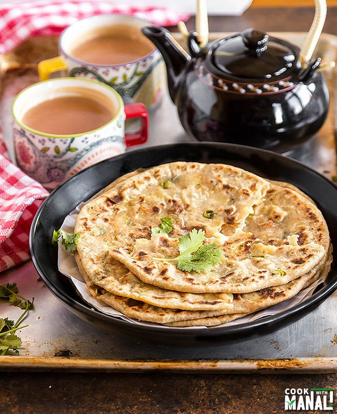 Aloo paratha cook with manali this recipe of aloo paratha with you guys actually more than happy i am content that i am finally sharing the most popular indian paratha recipe forumfinder Choice Image