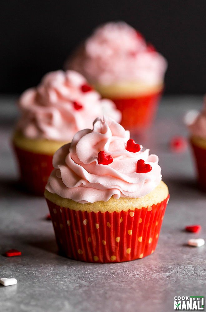 Perfect Eggless Vanilla Cupcakes Cook With Manali