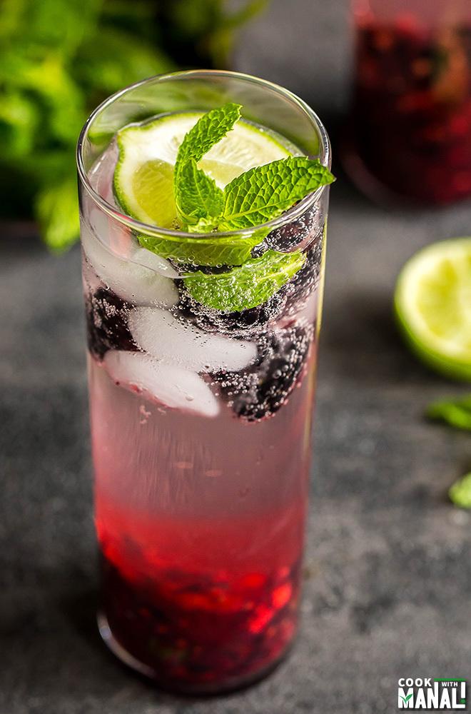 blackberry ginger mojito