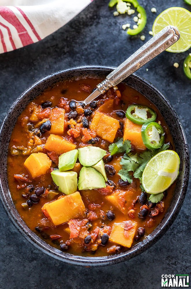 vegan butternut squash chili made in the instant pot
