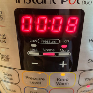 instant pot timer displaying 8 minutes